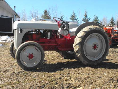 1950 Ford Tractor : Old ford tractors